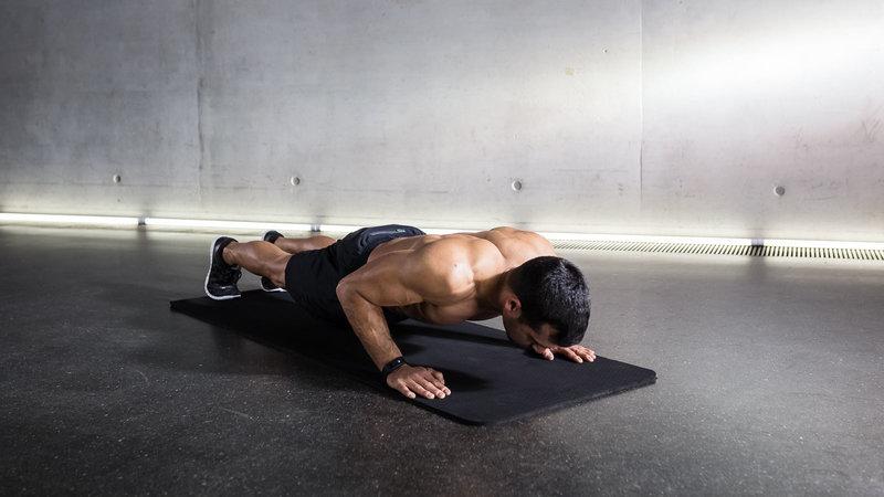 Les pompes pour muscler le dos